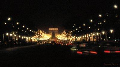 Paris : éclairage des Champs-Elysées en 1971